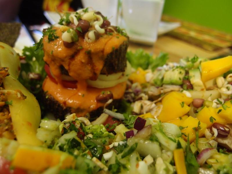 """Raw Vegan """"Sushi"""" in Bratislava"""
