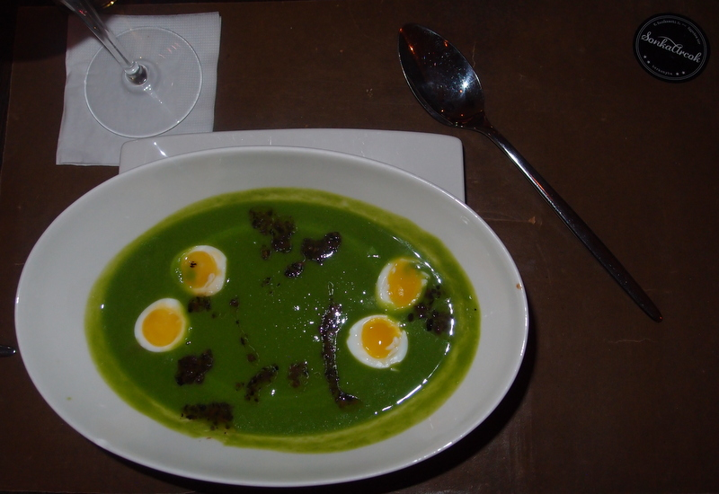 Pea Stew with Quail Eggs and Truffles from SonkaArcok